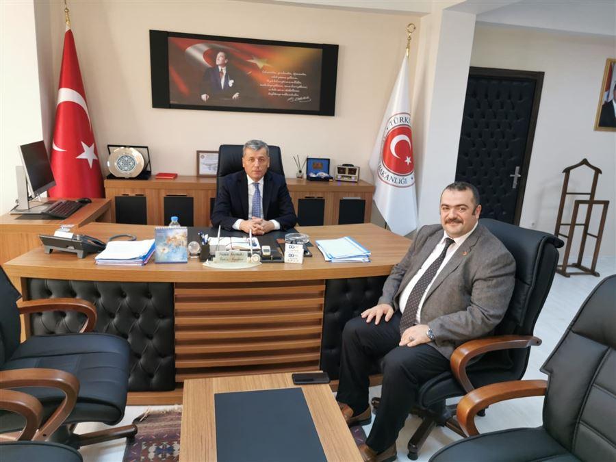 Trabzon Ticaret İl Müdürü Yavuz Selim AYKAN Doğu Karadeniz Gümrük ve Dış Ticaret Bölge Müdürü Halil ŞAŞMAZ'ı Makamında ziyaret etti